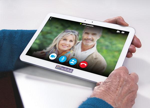 ardoise numérique avec webcam pour senior